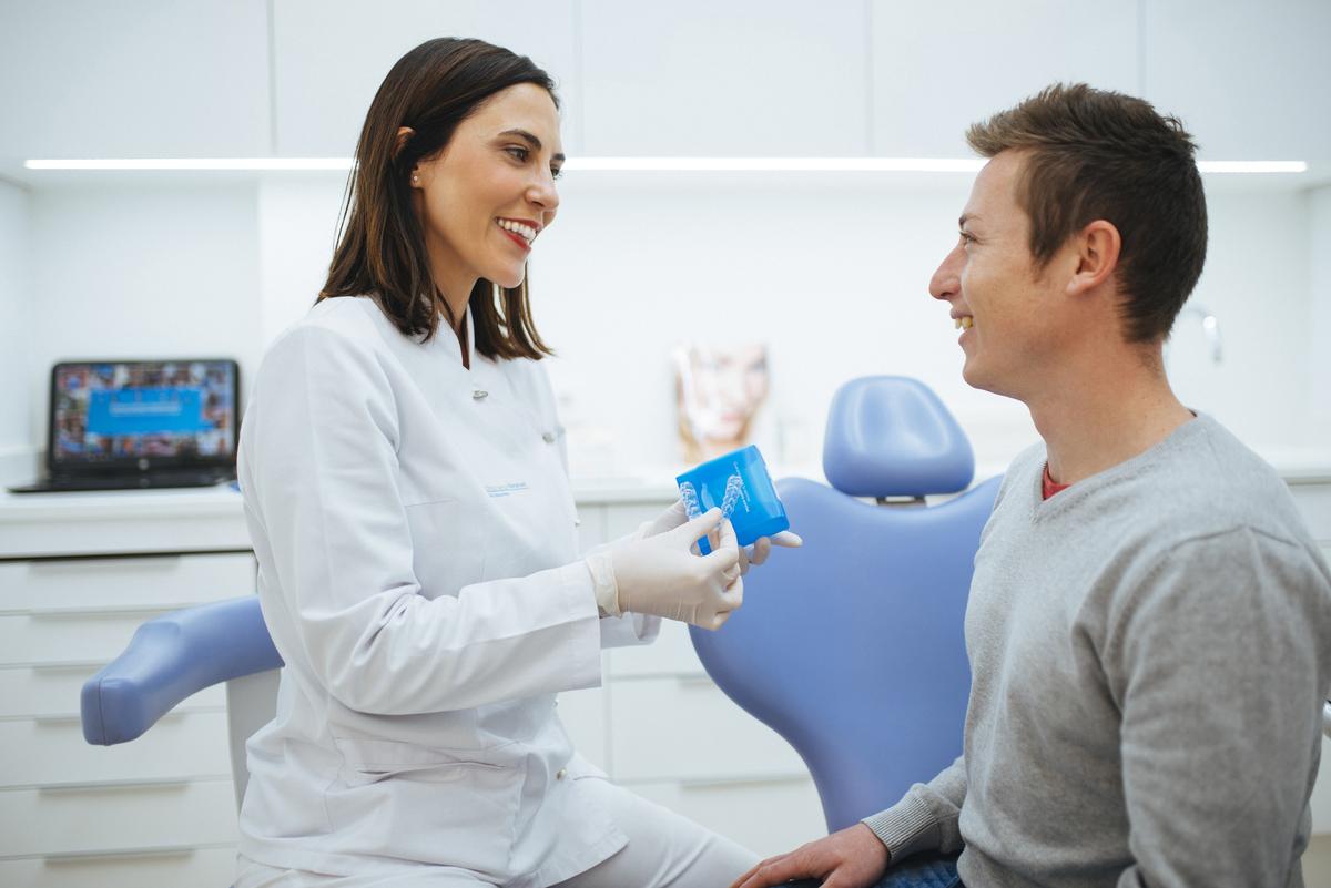 Primera clínica de Ortodoncia Invisible en Vilamarxant